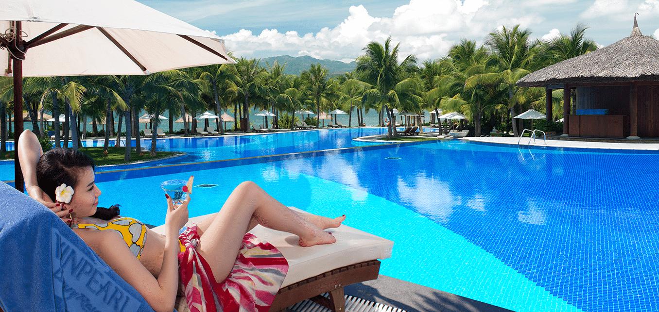 hồ bơi nước ngọt tại Mystery Cam Ranh Villas