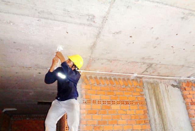 Đang thi công tầng mái block A
