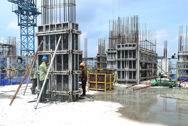 Thi công cột sàn tầng 13 - Block B