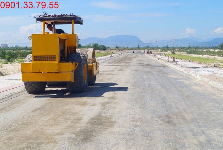 Công tác thi công, chuẩn bị ra cấp phối đường D17 - khu D16