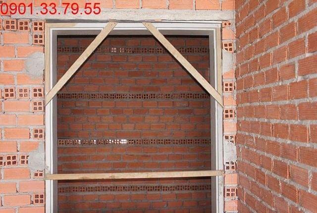 Tô tường hành lang căn hộ tầng 13 - block A