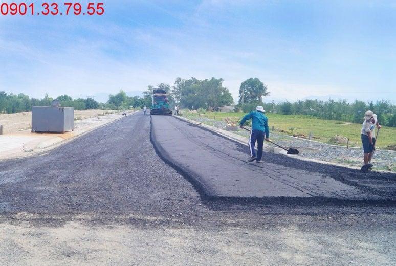Công tác thi công thảm nhựa đường D2 - khu D17