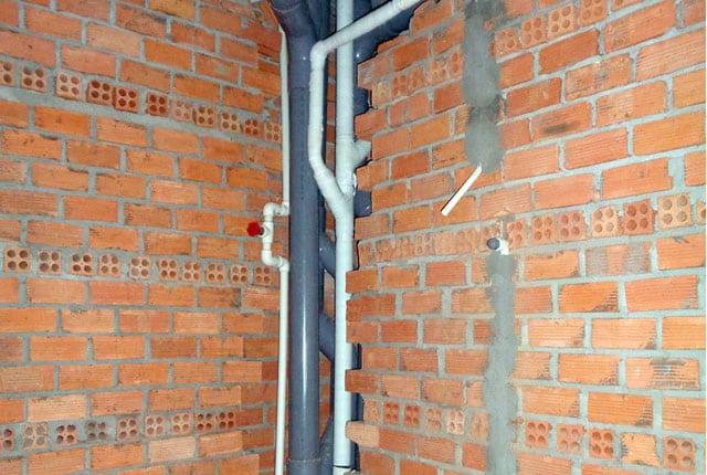 Lắp đặt hệ thống thoát nước từ tầng 6 đến tầng 20 block B