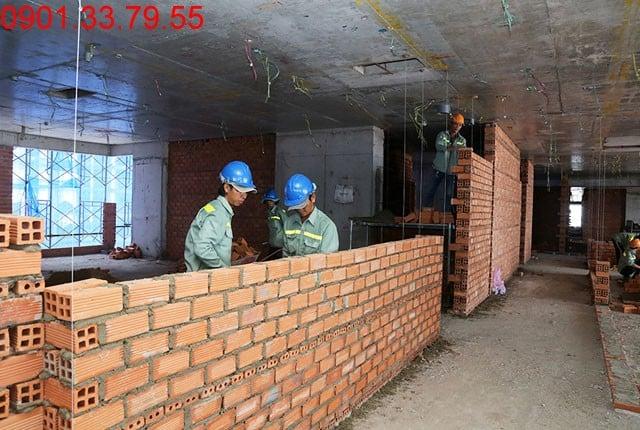 Xây tường bao và vách ngăn căn hộ tầng 5 block A; tầng 6 block B; tầng 8 block C; và tầng 9 block D Sky Center Hưng Thịnh