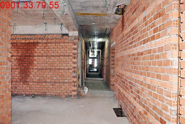 Thi công tường bao căn hộ đến tầng 7 - Block D Florita q7