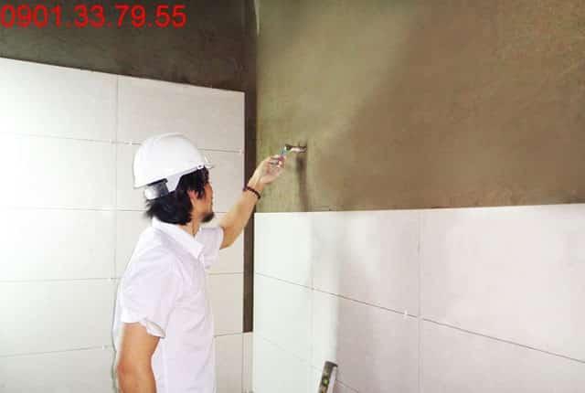 Ốp lát tường nhà vệ sinh từ tầng 6 đến tầng 9 block B căn hộ Melody Vũng Tàu