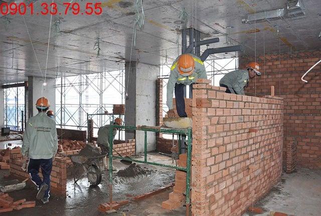 Hình ảnh thi công Xây tường bao căn hộ tầng 12 block A, B Sky Center Tân Bình