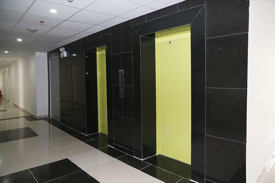 Hệ thống thang máy đã đưa vào phục vụ cư dân