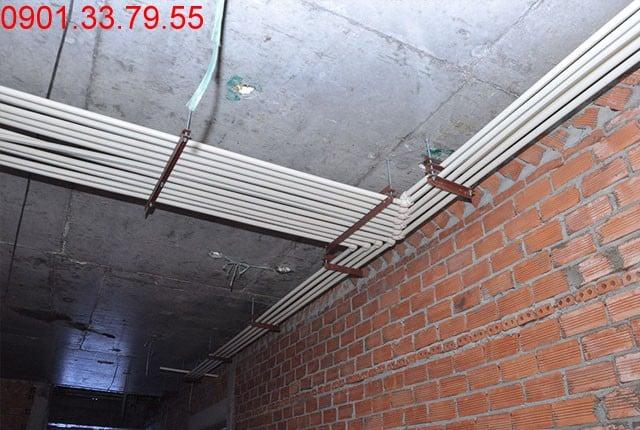 Hình ảnh thi công Lắp đặt hệ thống nước cấp căn hộ tầng 6 block A, B và tầng 4 block C, D du an Sky Center Phổ Quang