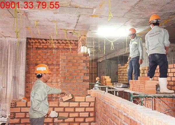 Xây tường bao căn hộ tầng 12 block A, B căn hộ Sky Center Tân Bình