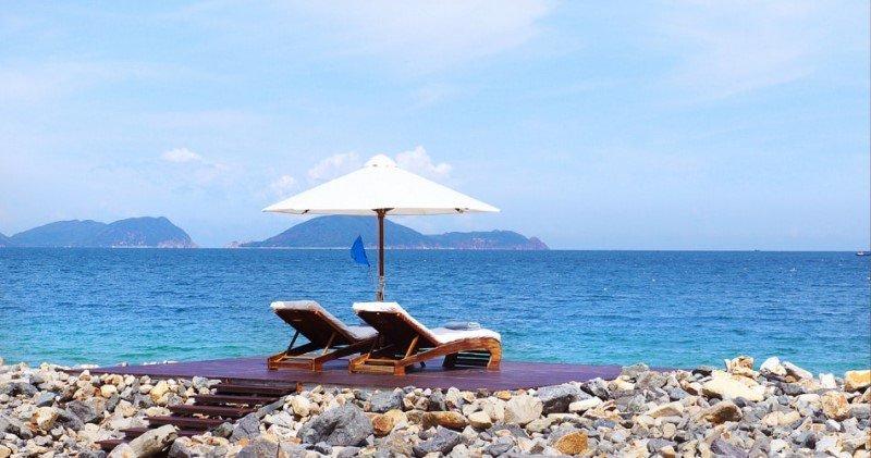 cảnh đẹp tại bãi biển dự án Golden Bay