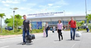 Sân bay quốc tế Cam Ranh chỉ cách Golden Bay 7km