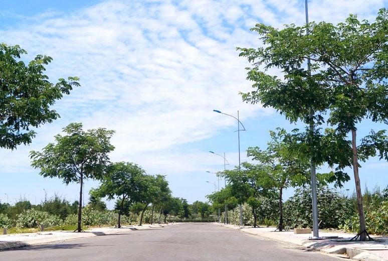 Đường nội khu Golden Bay