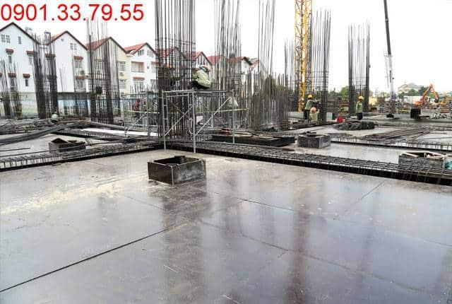 Thi công cốp pha sàn tầng 1 - block Southern dự án Saigon Mia