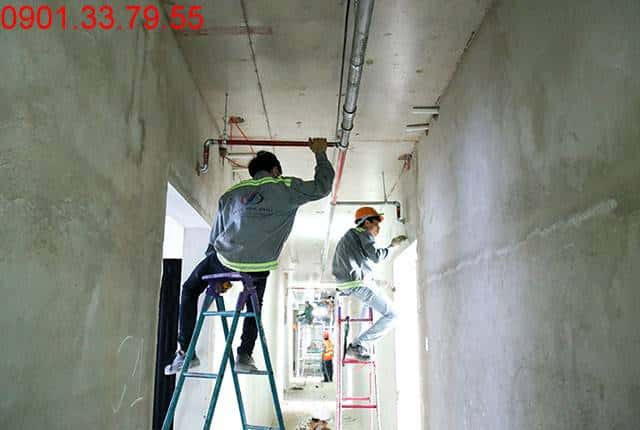 Thi công hệ thống PCCC đến tầng 6 - Block B căn hộ Florita Hưng Thịnh