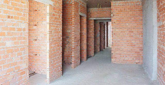 Hoàn thành xây tường bao căn hộ tầng 16 block A, B căn hộ chung cư Sky Center Hưng Thịnh
