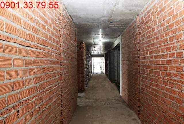 Xây tường bao căn hộ tầng 19 Block B can ho Lavita Garden Thủ Đức
