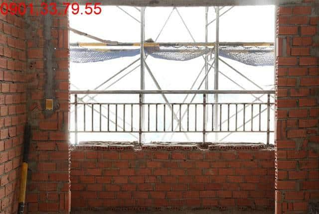 Lắp lan can ban công tầng 11 Block B dự án căn hộ Lavita Garden Thủ Đức