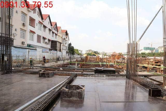 Thi công cốp pha sàn tầng 1 - block Southern Saigon Mia Trung Sơn