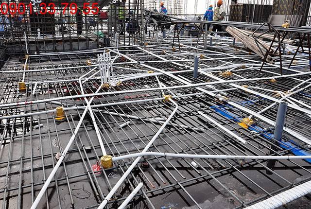 Chuẩn bị đổ bê tông sàn tầng 7 block C chung cư Monlight Park View Hưng Thịnh