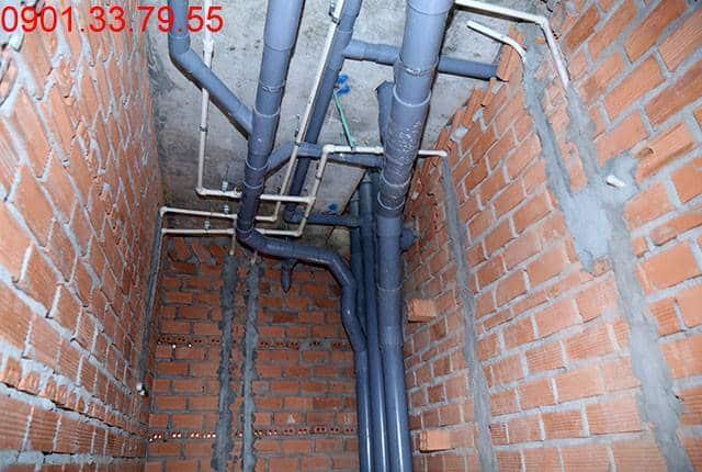 Thi công hệ thống cấp thoát nước đến tầng 9 - Block B dự án Florita HimLam