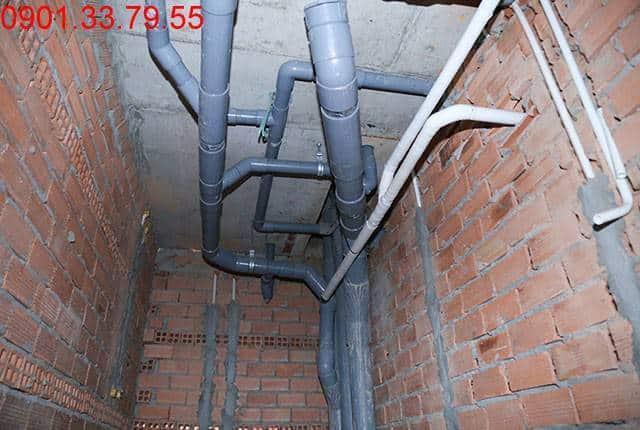 Thi công hệ thống cấp thoát nước đến tầng 6 - Block B chung cư Florita HimLam