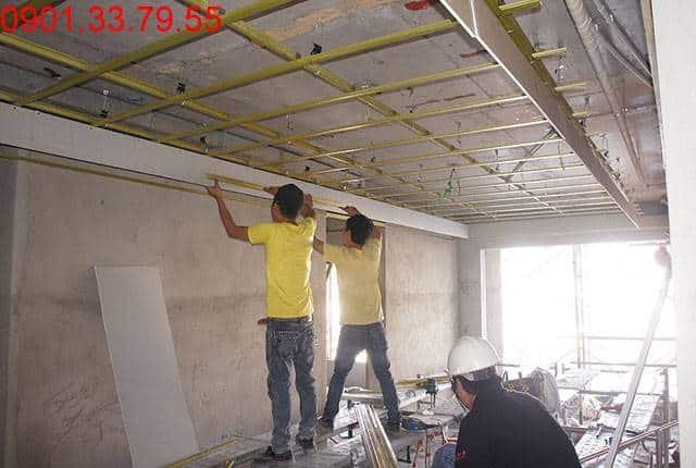 Đóng khung trần thạch cao tầng 10 block A, B chung cư Sky Center Hưng Thịnh