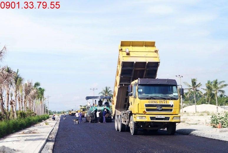 Hình ảnh thi công Công tác thi công thảm nhựa đường D9 - khu D16 dự án Golden Bay