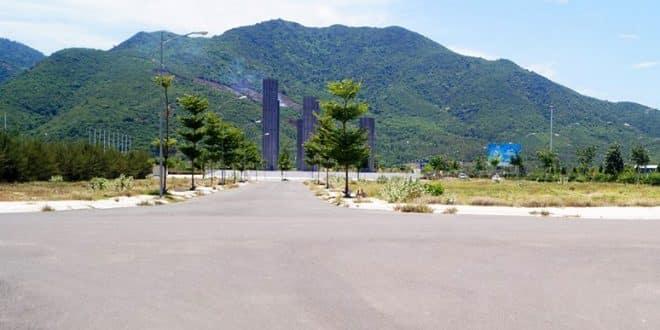 Hình ảnh thi công Đường D2 - khu D17 dự án Golden Bay