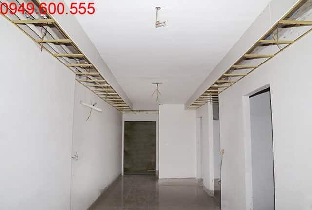 Đóng khung trần thạch cao tầng 8 block A và tầng 10 block B căn hộ chung cư Lavita Garden