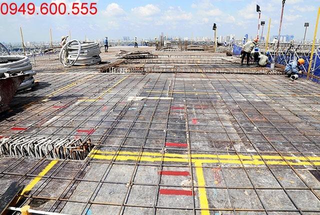 Thi công lắp đặt cốt thép sàn tầng 18 Block A dự án 9 View quận 9