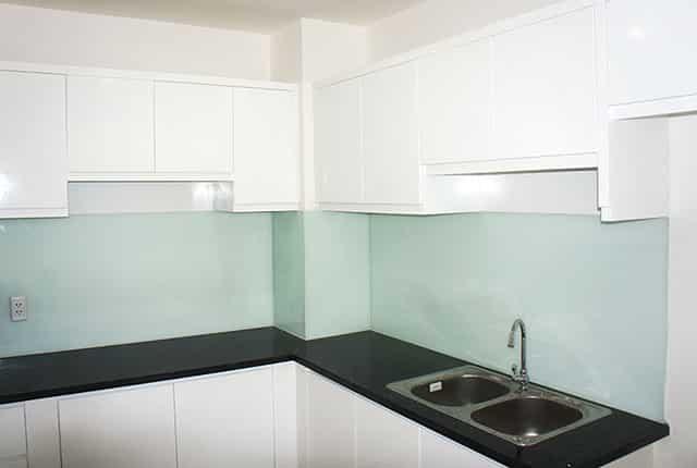 Lắp đặt kệ và tủ bếp tầng 16 block A dự án Melody Âu Cơ