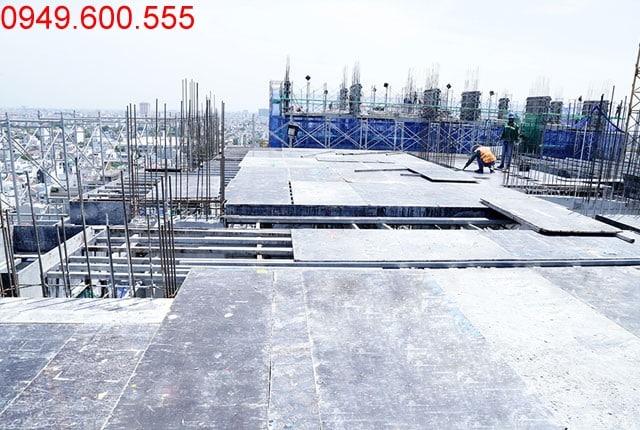 Thi công cốp pha sàn tầng 15 block A, B Moonlight Park View Bình Tân