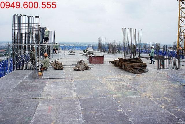 Thi công cốp pha sàn tầng 17 Block B căn hộ 9 View Hưng Thịnh
