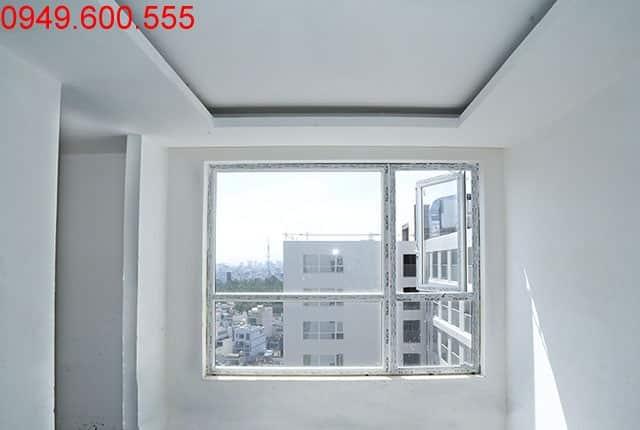 Bả sơn mastic đến tầng 16 block A, B chung cư Sky Center Phổ Quang