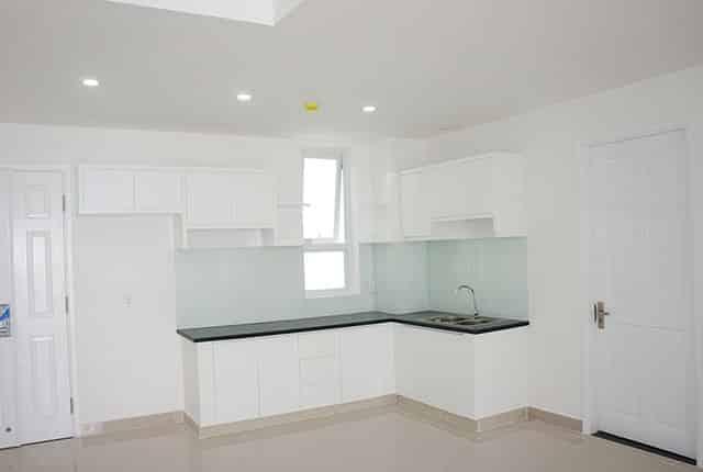 Lắp đặt kệ và tủ bếp tầng 15 block B chung cư Melody Âu Cơ Hưng Thịnh