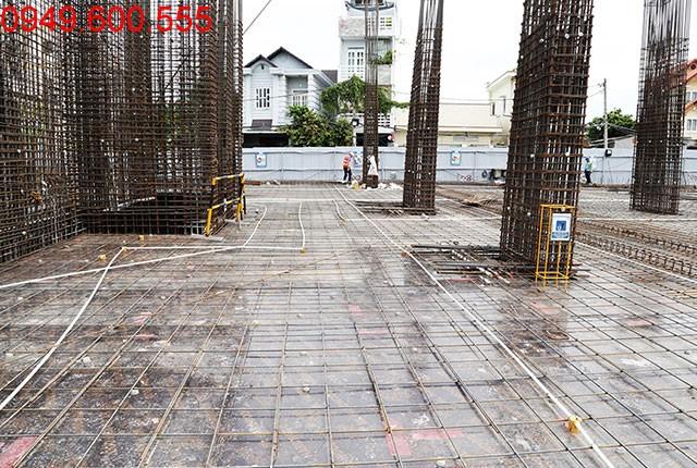 Thi công cột sàn tầng 2 block A, B căn hộ Melody Residences Hưng Thịnh