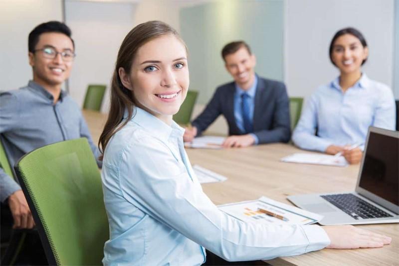 Môi trường làm việc tại Hưng Thịnh Corp chuyên nghiệp và năng động
