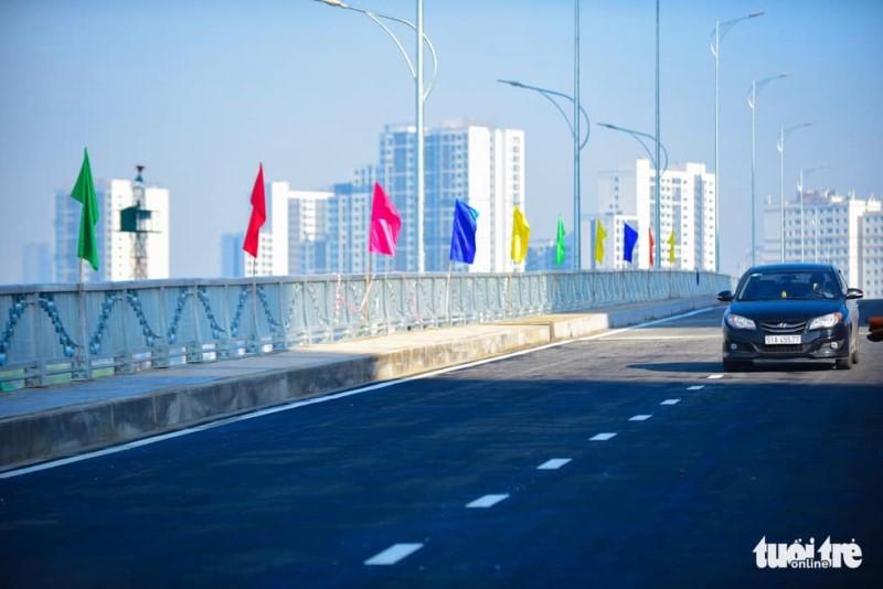 TP.HCM thông xe cầu qua đảo Kim Cương - Ảnh 3.