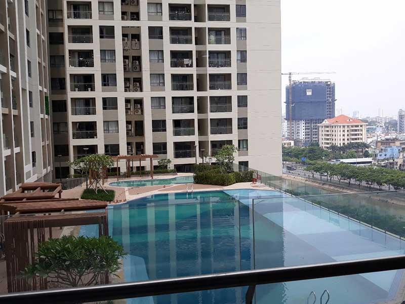 Hồ bơi Gold View