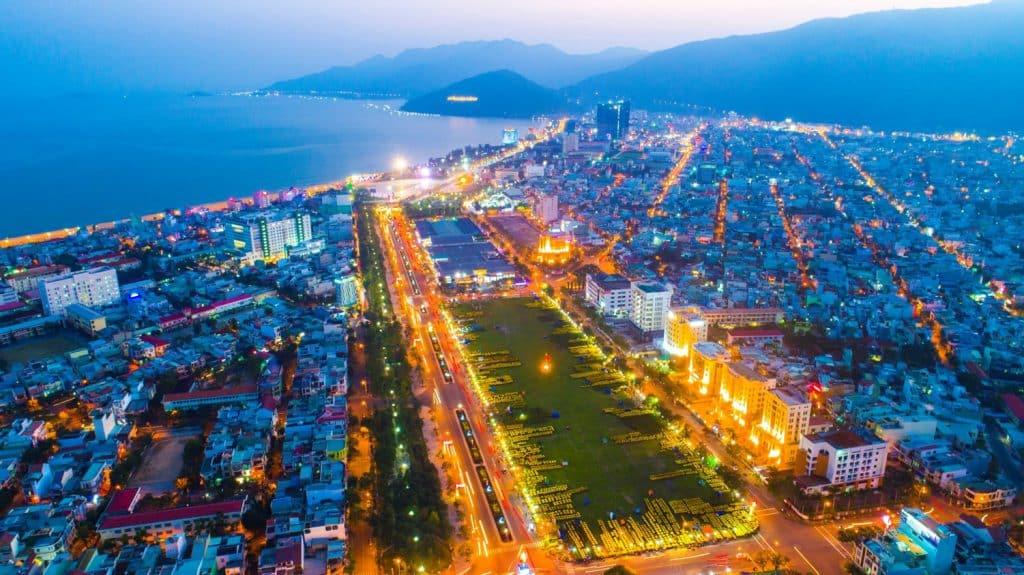 Nguyễn Tất Thành là con đường hoa tại Quy Nhơn
