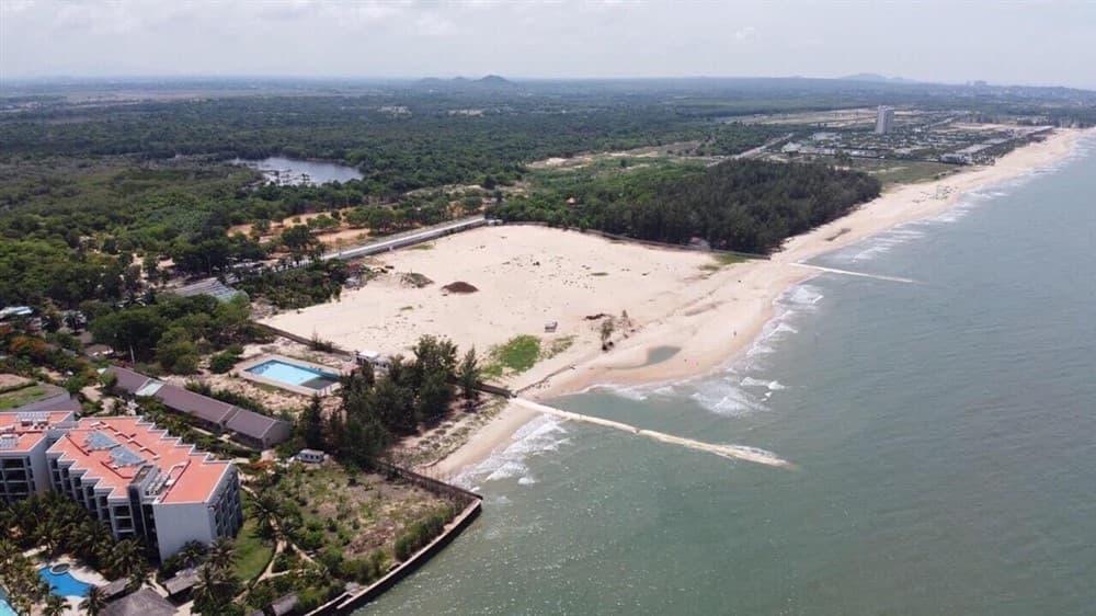 Vị trí khu Beach Club đi ra biển