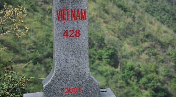 Mốc lộ giới tại Hà Giang