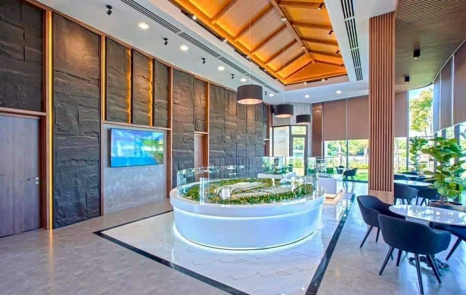 Phòng kinh doanh và sa bàn dự án