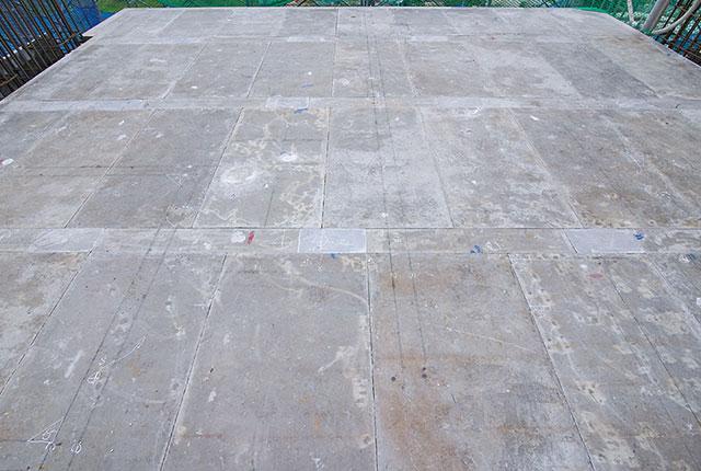 Thi công cốp pha sàn tầng 12 block Saturn và sàn tầng 8 block Venus