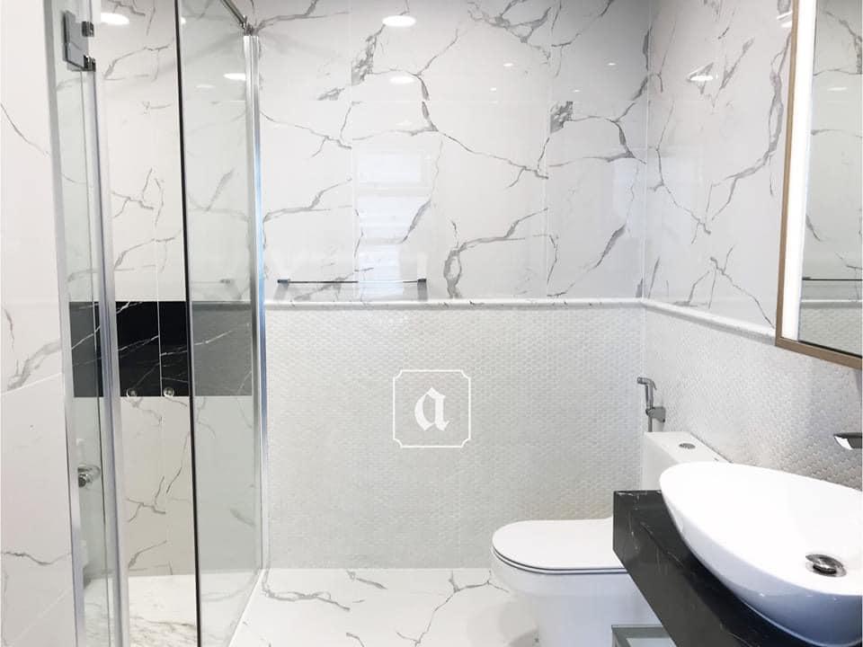 Nhà vệ sinh Sunwah Pearl